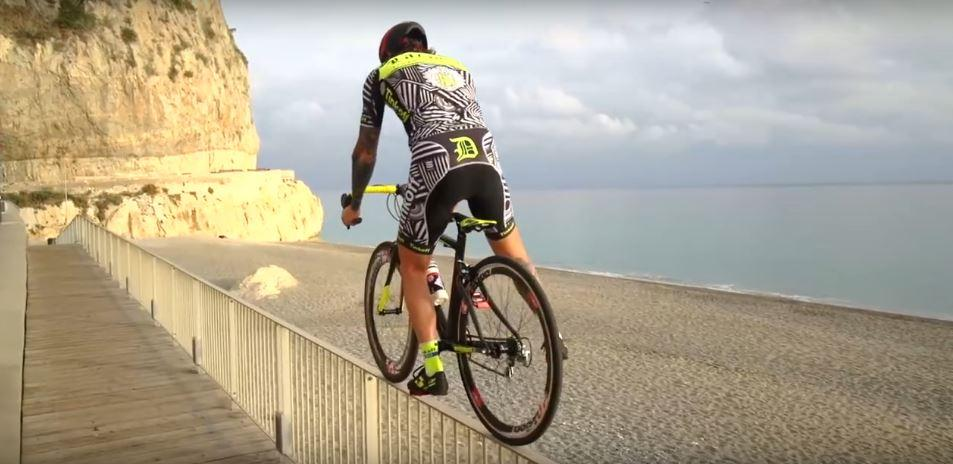 Victor Brumotti riding road bike trials stairs leges gaps