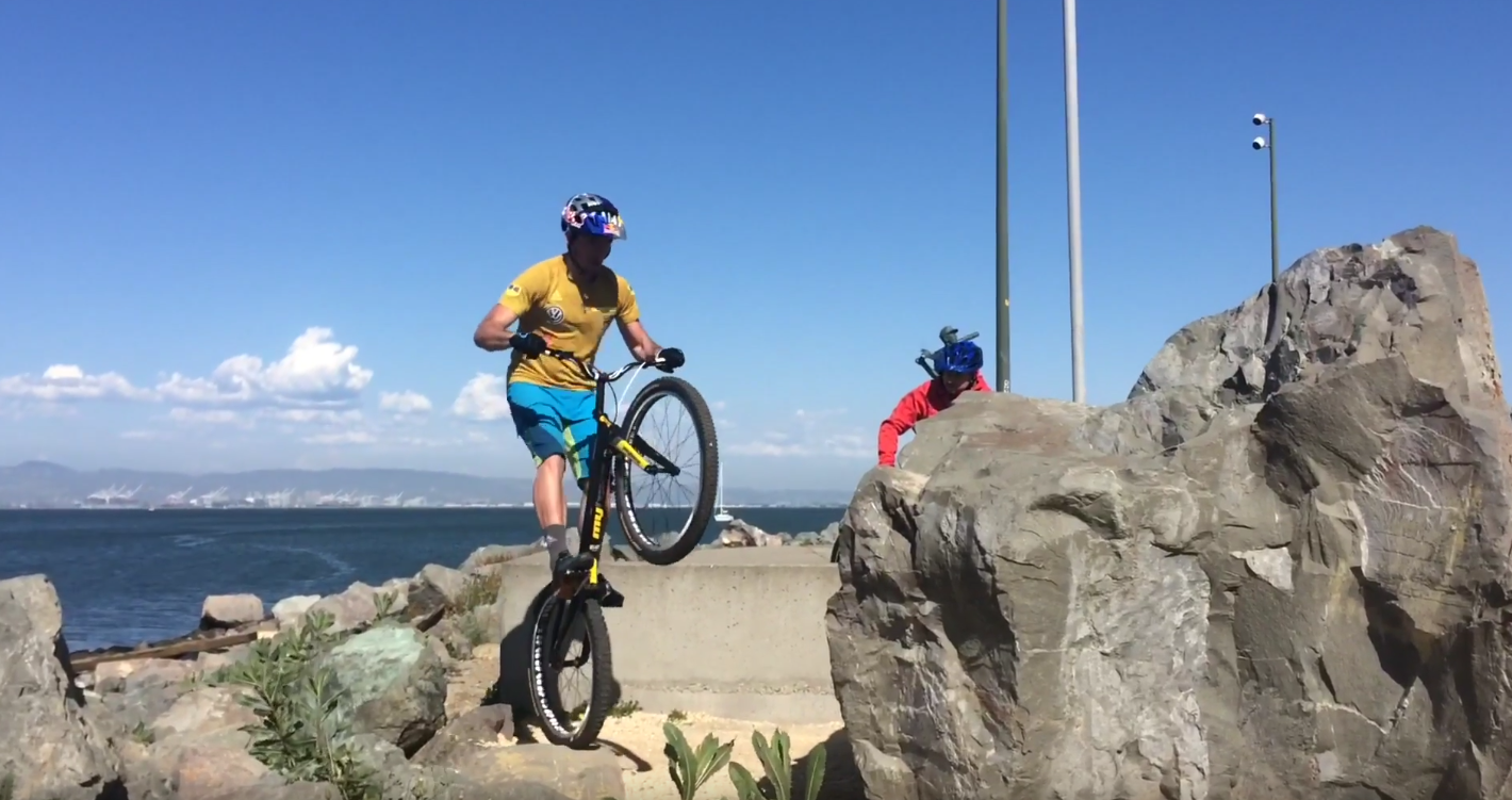 Group Ride With Kenny Belaey
