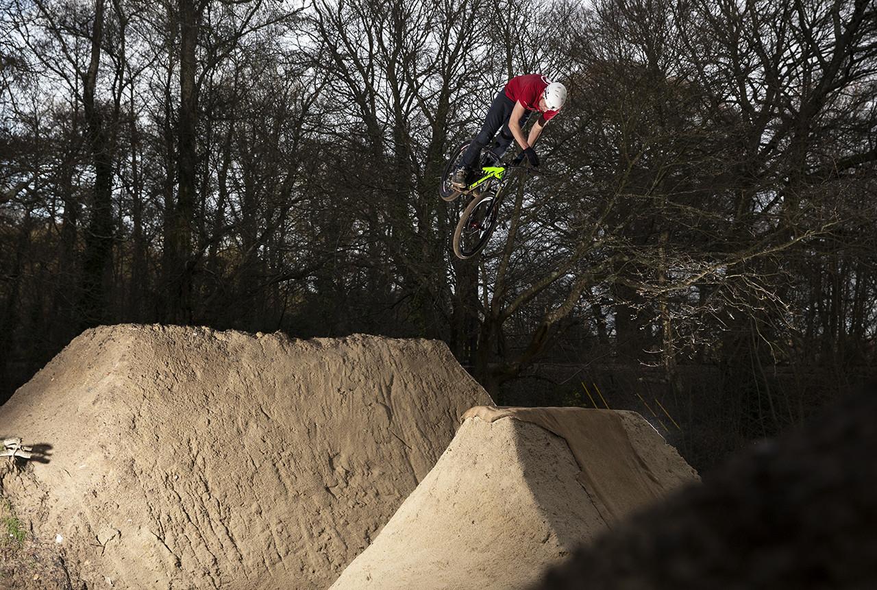 Chris Smith riding Buckland Rings dirt jumps in Lymington, Hampshire, 28th January 2016, pic by Matt Watson