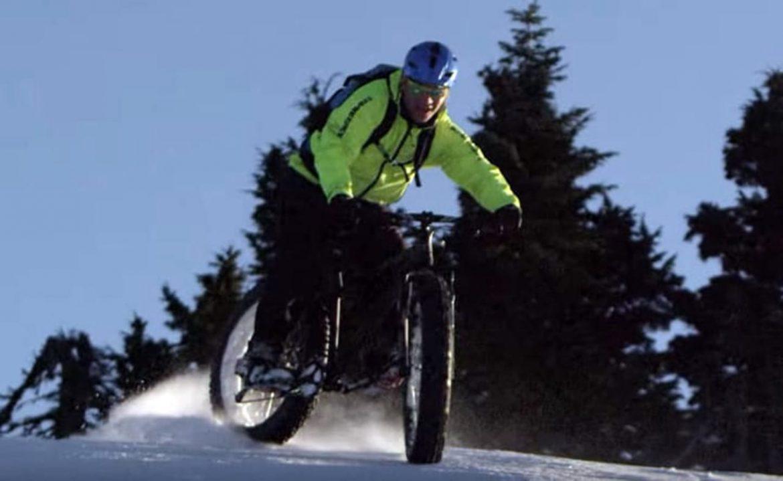 Mountain biking and freeriding a Fat Bike