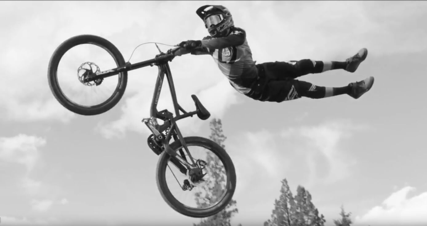 Video: Mountain Bike Lines In The Dark With Agassiz, Sorge, Storch