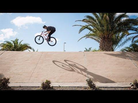 Video: Poco Loco in Gran Canaria | The Rise Street MTB