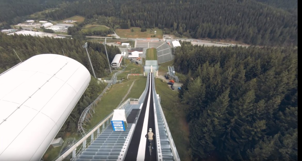 Mountain Bike Jump World Record Attempt: Johannes Fischbach Crashes Over the Bars