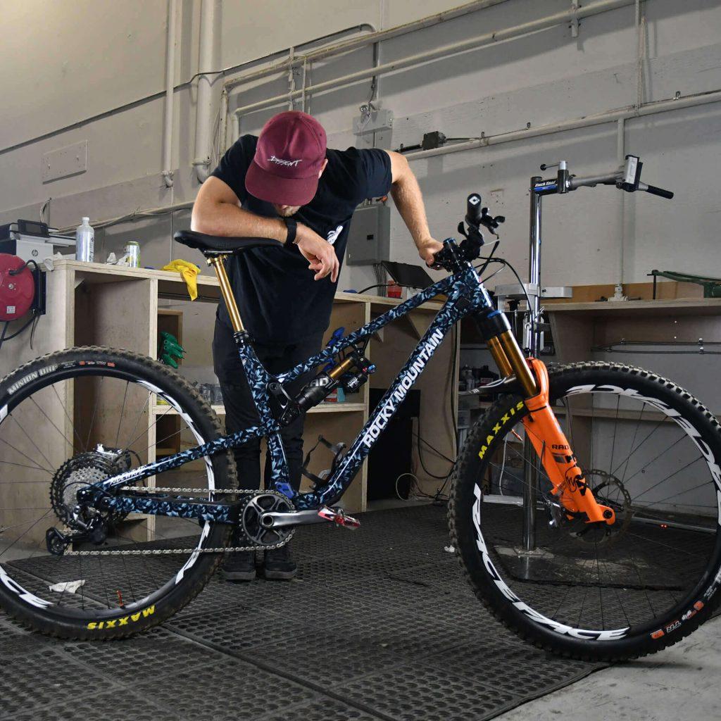 Ridewrap Rocky Mountain Enduro Team 01